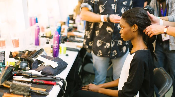 How To Choose a Good Hairstylist With Balayage Hair Services